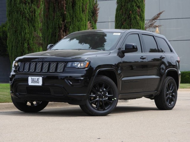 new 2018 jeep grand cherokee altitude sport utility in dallas jc147343 dallas dodge chrysler. Black Bedroom Furniture Sets. Home Design Ideas