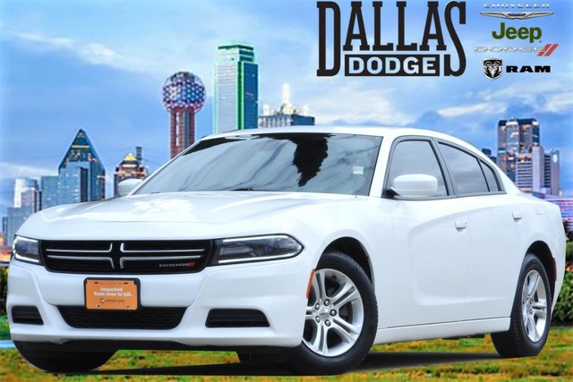 Pre-Owned 2017 Dodge Charger SE