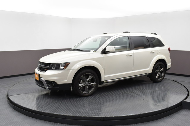 Dodge Suv 2016 >> Certified Pre Owned 2016 Dodge Journey Crossroad Plus Front Wheel Drive Suv